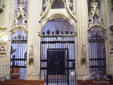 Puerta. Capilla de los Vélez