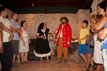 10th December free guided theatrical tour of Lorca