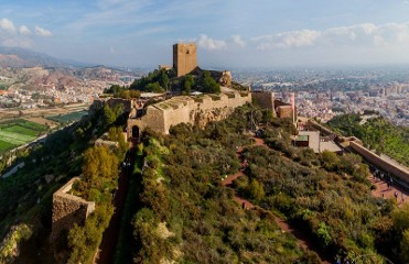 Every Thursday English language tour of Lorca castle with lunch included throughout January 2018