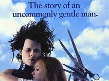 23rd July Free cinema on the beach in Los Alcázares: Edward Scissorhands