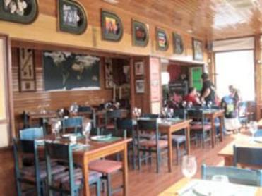 ROXANNE CAFÉ