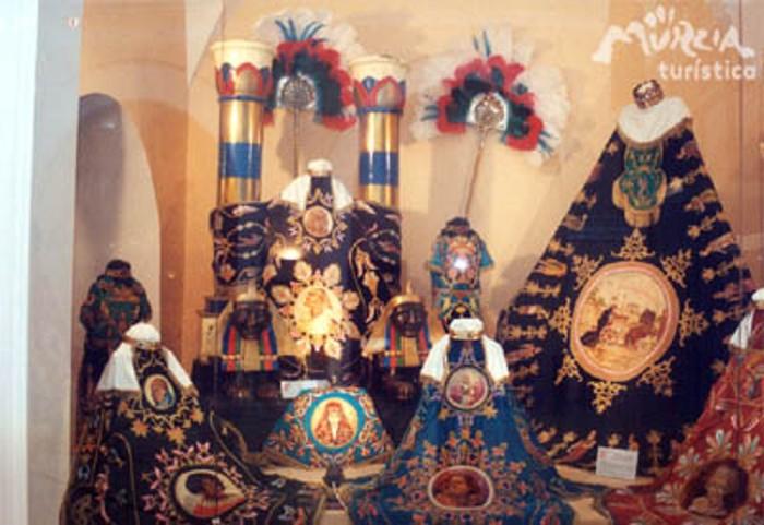 Visita guiada al Museo de Bordados del Paso Blanco (muBBla)