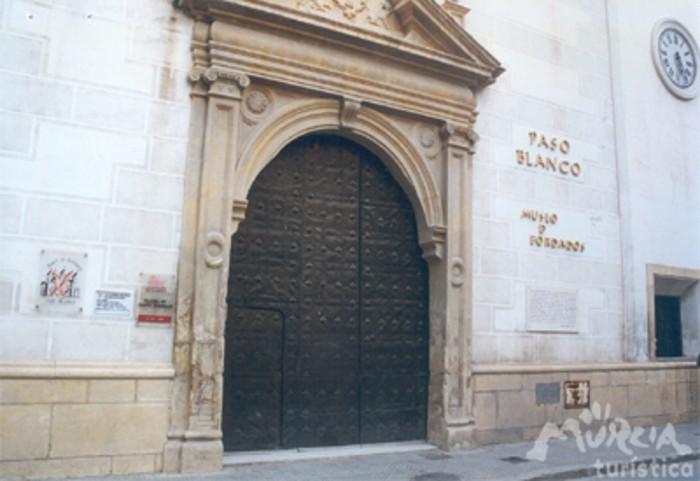 Museo de Bordados del Paso Blanco (Mubbla)